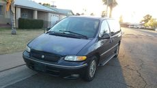 1996 Chrysler Town & Country L Xi