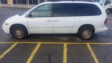 1998 Chrysler Town And Country L Xi